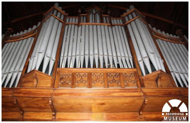 Ilford Baptist Church Memorial Organ and Plaque. Photo by Redbridge Museum.