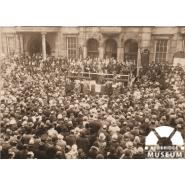 Remembrance Day, Ilford Town Hall, 1929. © Redbridge Information and Heritage