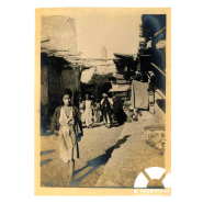 Photograph by Edward Savereux showing a street scene in an unknown town, Mesopotamia, 1917-1918. © Courtesy of Edward Savereux's daughter, Theresa Savereux